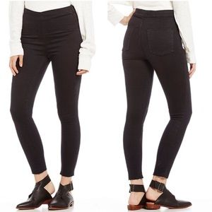 Free People Pull On Jegging Black Wash Raw Hems 24